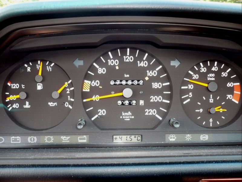 40. Der 124er kann ein ganz schön heißes Auto sein...